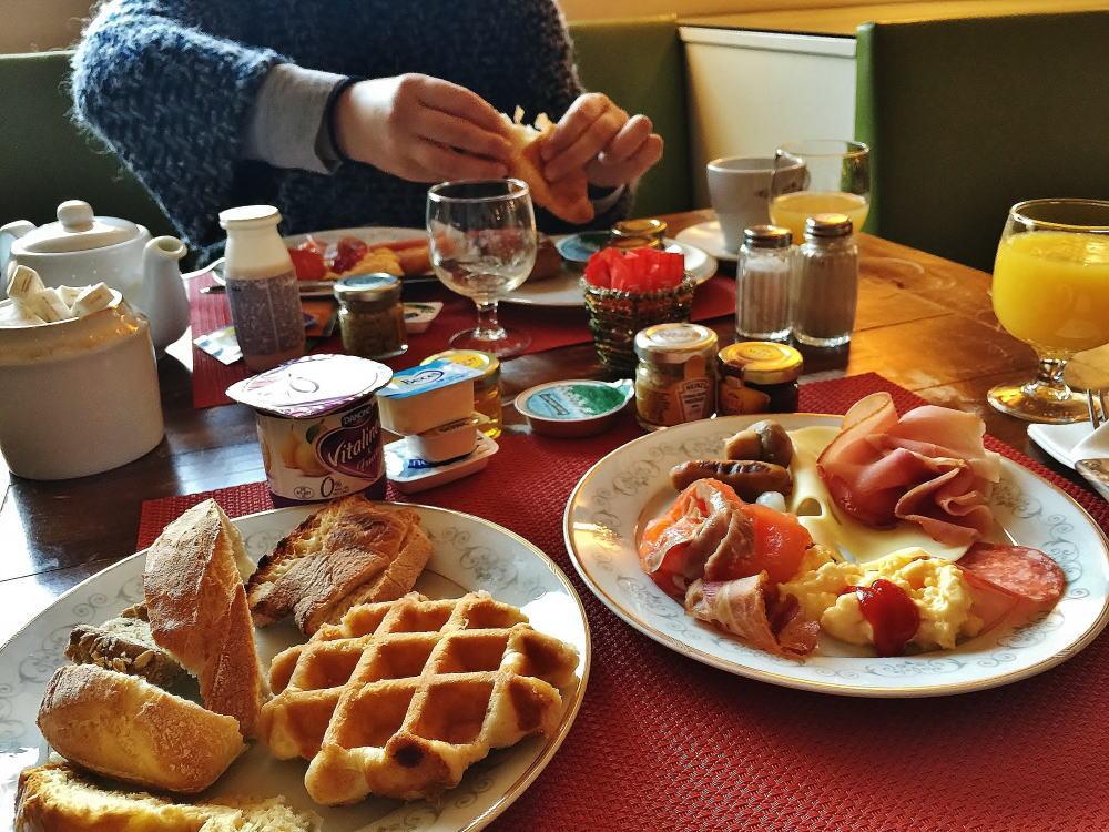 ホテル メトロポール ブリュッセル 朝食ビュッフェ