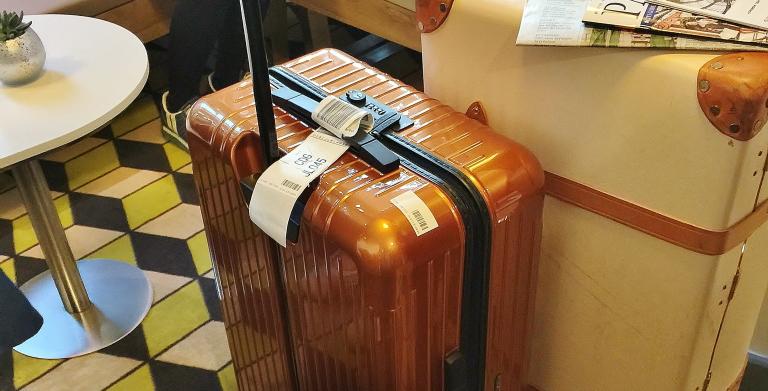 海外用 リモワ おすすめスイーツケース